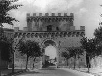 Description: Porta Romana